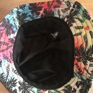 eabf589c945 Chuck Accessories - Pastel colored Bucket Hat